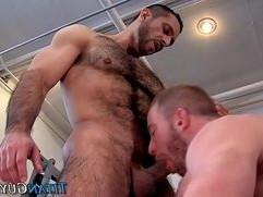 Fucked by hung bear sprayed