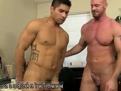 Straight men try for the first time gay porn After face pummeling and