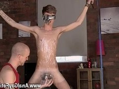 Twinks XXX Kieron Knight enjoys to suck the molten cum load right